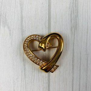 Vtg Swarovski heart pin